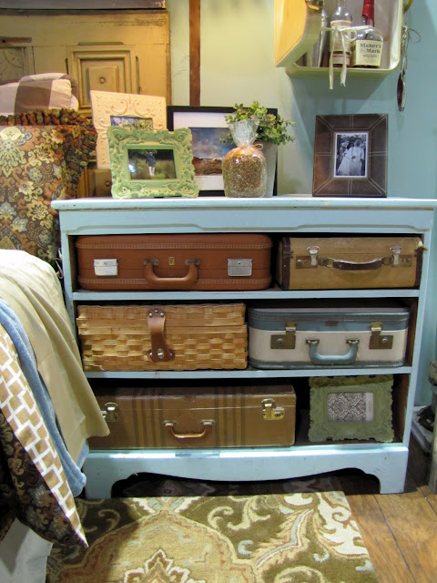 Vintage Suitcase Dresser included in these 20 DIY Vintage Suitcase Projects and Repurposed Suitcases. Create unique home decor using repurposed old suitcases! | OHMY-CREATIVE.COM