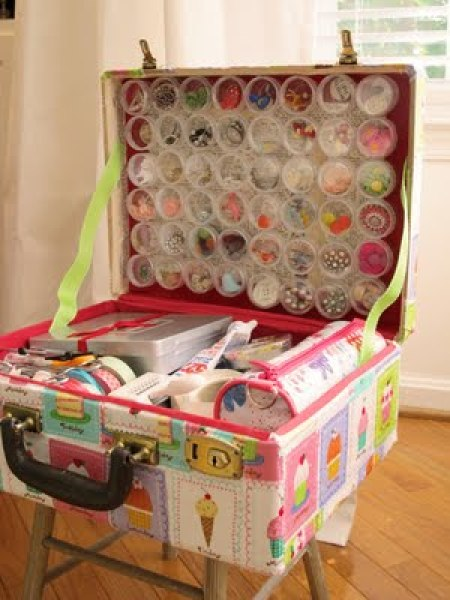 Vintage Suitcase Craft Supply Travel Case included in these 20 DIY Vintage Suitcase Projects and Repurposed Suitcases. Create unique home decor using repurposed old suitcases! | OHMY-CREATIVE.COM