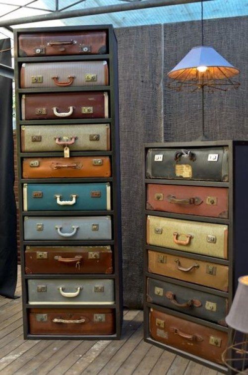 Vintage Suitcase Furniture included in these 20 DIY Vintage Suitcase Projects and Repurposed Suitcases. Create unique home decor using repurposed old suitcases! | OHMY-CREATIVE.COM