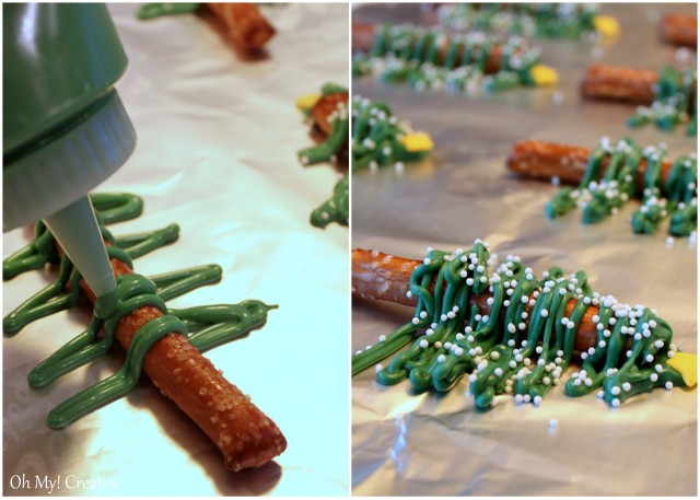 These fun Chocolate Pretzel Christmas Trees are fun to make for any holiday party | OHMY-CREATIVE.COM | Chocolate Tree | Chocolate Pretzels | Chocolate Covered Pretzels | Pretzel Trees |