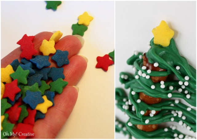 these fun chocolate pretzel christmas trees are fun to make for any holiday party ohmy
