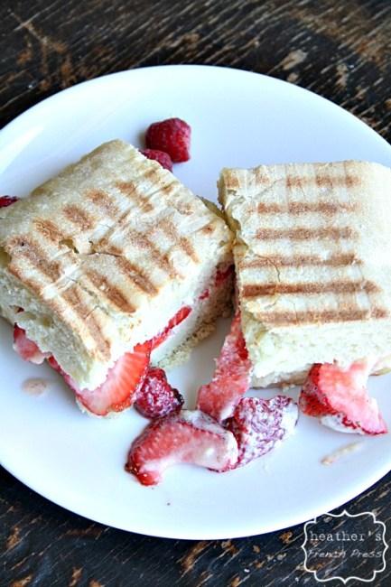 strawberries-and-creme-panini