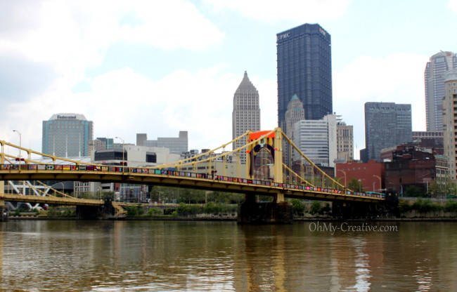 Pittsburgh Bridge Yarn Bombing - Andy Warhol Bridge - OhMy-Creative.com