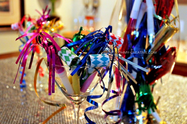 Quick New Year's Eve Decorations  |  OhMy-Creative.com.jpg