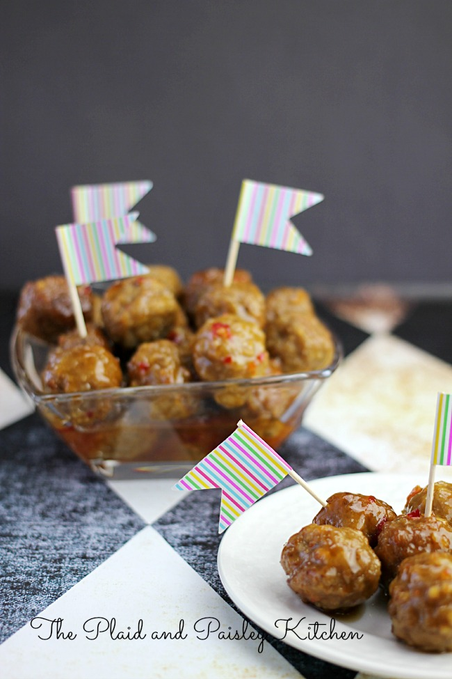 This Thai Meatballs Recipe is delicious Crock Pot dish perfect for any occasion! Great when hosting parties or to take on the go, this dish will deliver! | OHMY-CREATIVE.COM