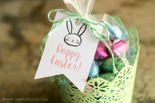 Hoppy Easter Treat Bag topper that features an adorable bunny with easy to read greeting
