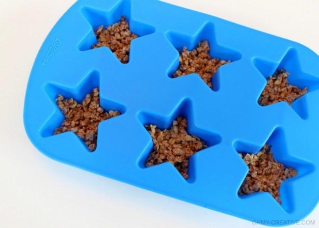 Wilton Star Mold - Patriotic Frozen Yogurt Stars     OHMY-CREATIVE.COM