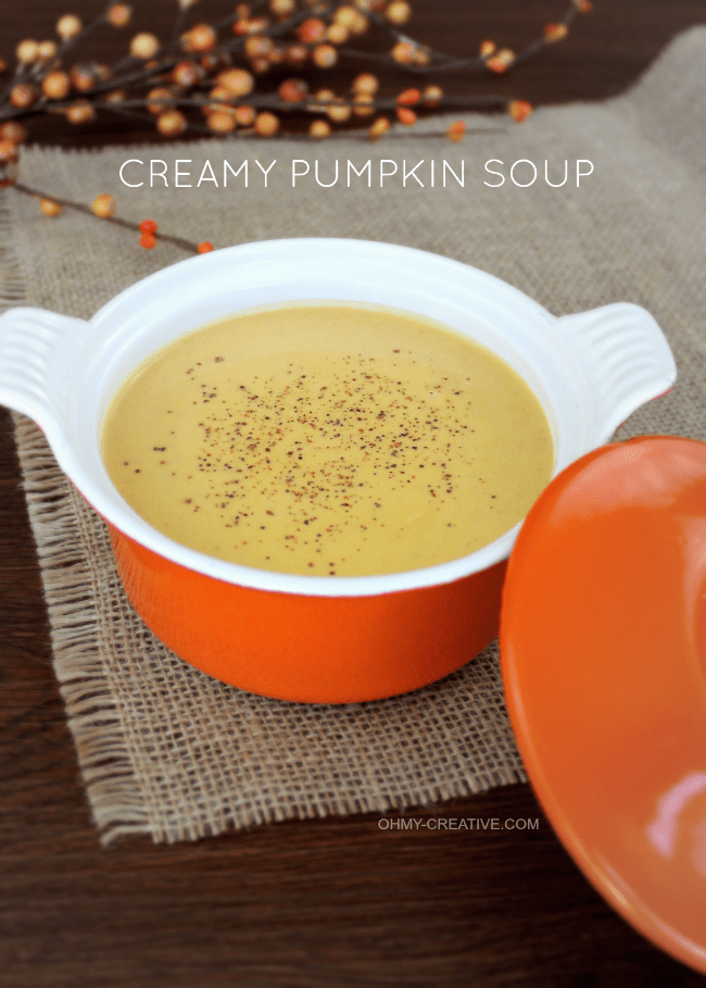 This Creamy Pumpkin Soup is easy to make and a perfect way to keep warm on cool days! | OHMY-CREATIVE.COM