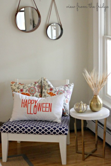 No-Sew-Happy-Halloween-Pillow-Cover1