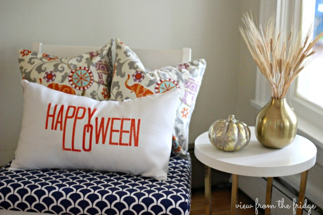 No Sew Happy Halloween Pillow Covers   View From The Fridge for Oh My! Creative