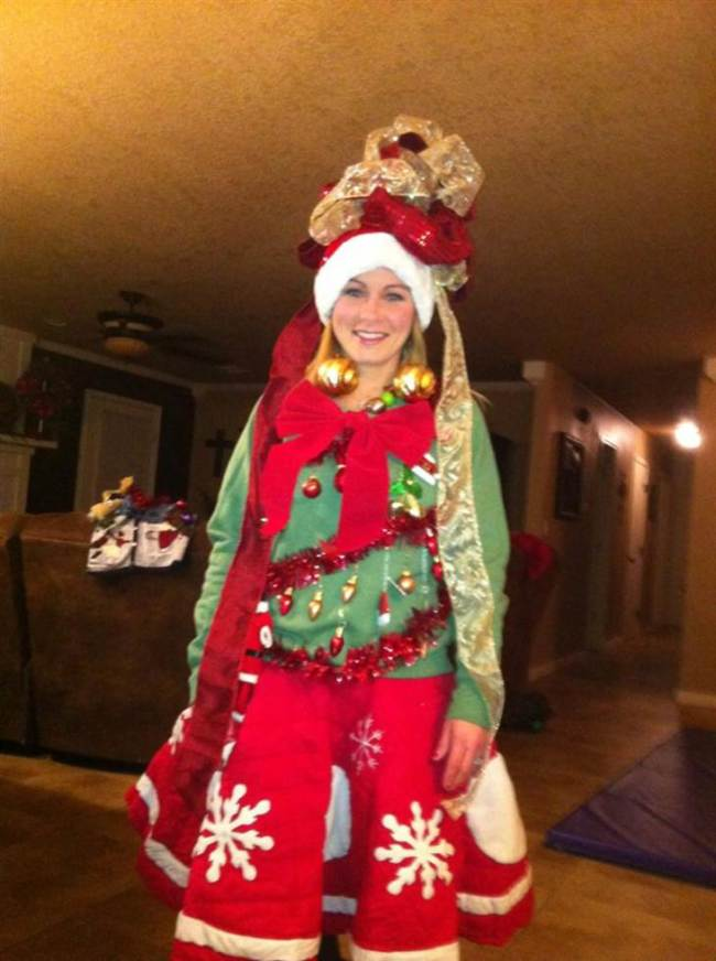 Ugly Christmas Party Outfit - 15 Do It Yourself Ugly Christmas Sweaters - Oh My Creative