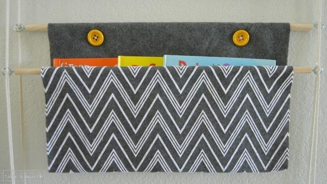 DIY hanging book holder tutorial     OHMY-CREATIVE.COM