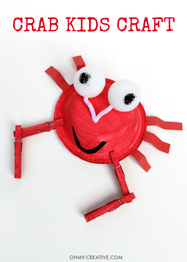 This Easy Paper Plate Crab Kids Craft is adorable for kids to make. Perfect for a summer craft on a hot afternoon, on vacation at the beach or in the classroom. Great under the sea party activity too! | OHMY-CREATIVE.COM 20 PAPER PLATE CRAFTS FOR KIDS | kids crafts | paper plates | preschool crafts | kindergarten crafts | school kids crafts | Under the sea crafts | paper plate animal crafts | rainbow craft | olympics craft | watermelon craft | monster craft | paper craft