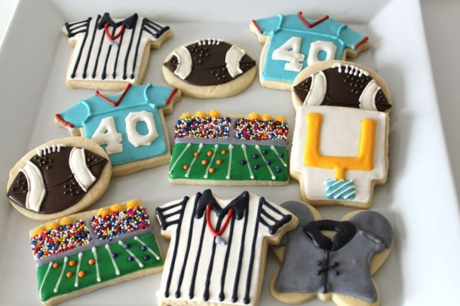 Football Themed Sugar Cookies|The Crafting Foodie