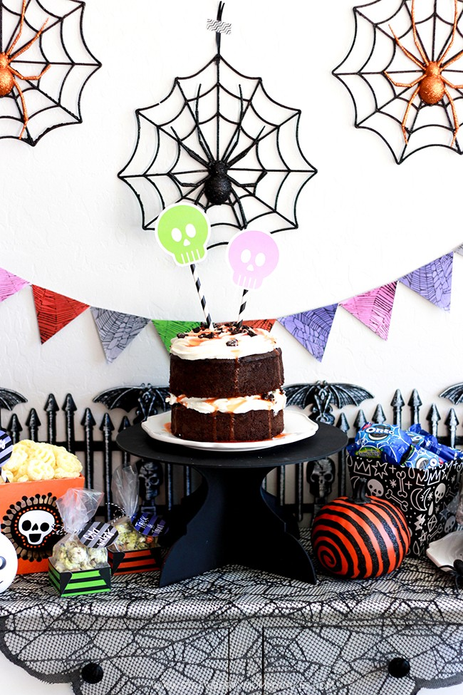 Throw a perfectly spooky halloween party