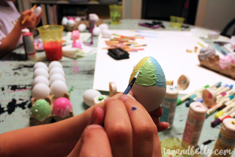 These DIY Painted Easter Egg Designs can be made using art supplies you already have on-hand. Use paper eggs and you'll be able to use them year after year! | OHMY-CREATIVE.COM