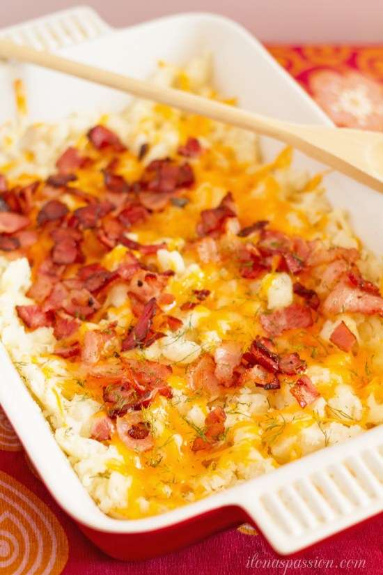 Colby Jack Cheese and Bacon Mashed Potato Casserole - Easy loaded mashed potatoes recipe with Colby-Jack cheese and dill. Perfect for weeknight dinners or parties and easy to prepare! OH-MY CREATIVE.COM