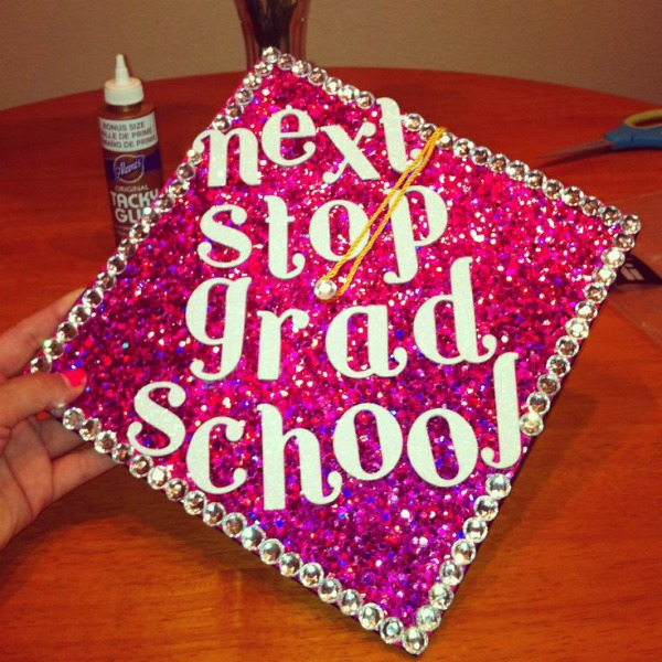 Graduation Quotes and Cap Ideas | Funny graduation cap decoration ideas | OHMY-CREATIVE.COM