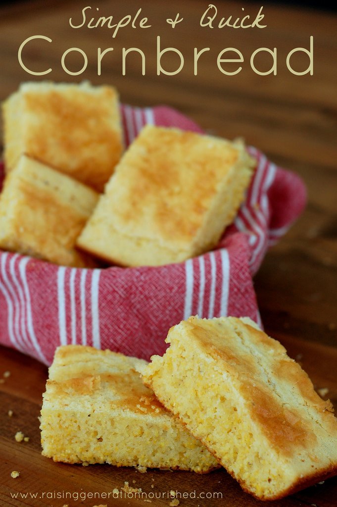 Simple & Quick Gluten Free Cornbread - 25 Thanksgiving Side Dishes to complete your Thanksgiving dinner! Including Thanksgiving vegetable side dish recipes, traditional Thanksgiving recipes as well as new recipes to try! | OHMY-CREATIVE.COM