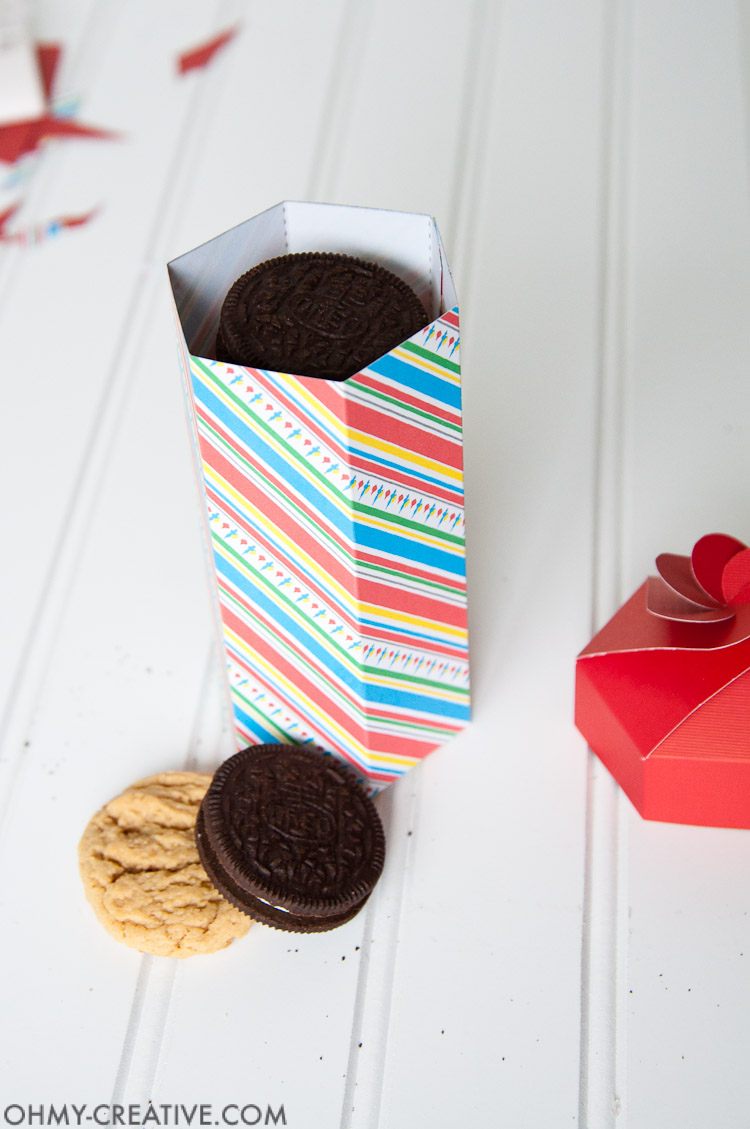 photograph regarding Cookie Printable known as Do it yourself Cookie Box Present Printable - Oh My Resourceful