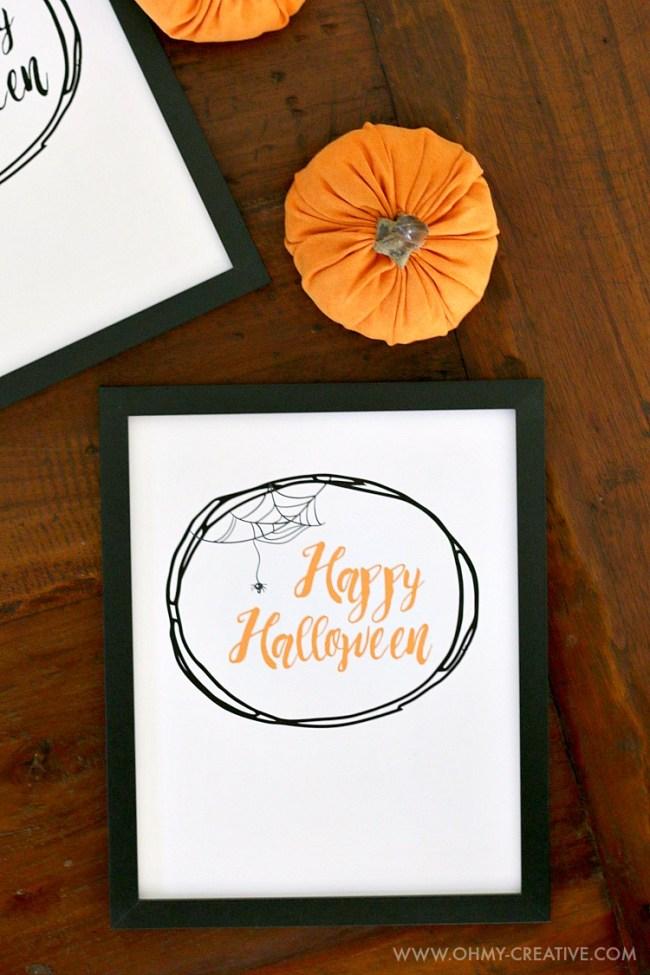 Happy Halloween Free Halloween Printables | OHMY-CREATIVE.COM | Free Printable Halloween Decorations | Halloween Printables | Halloween Signs Printable | Halloween Signs | Halloween Decorations | Halloween Decor | Spider