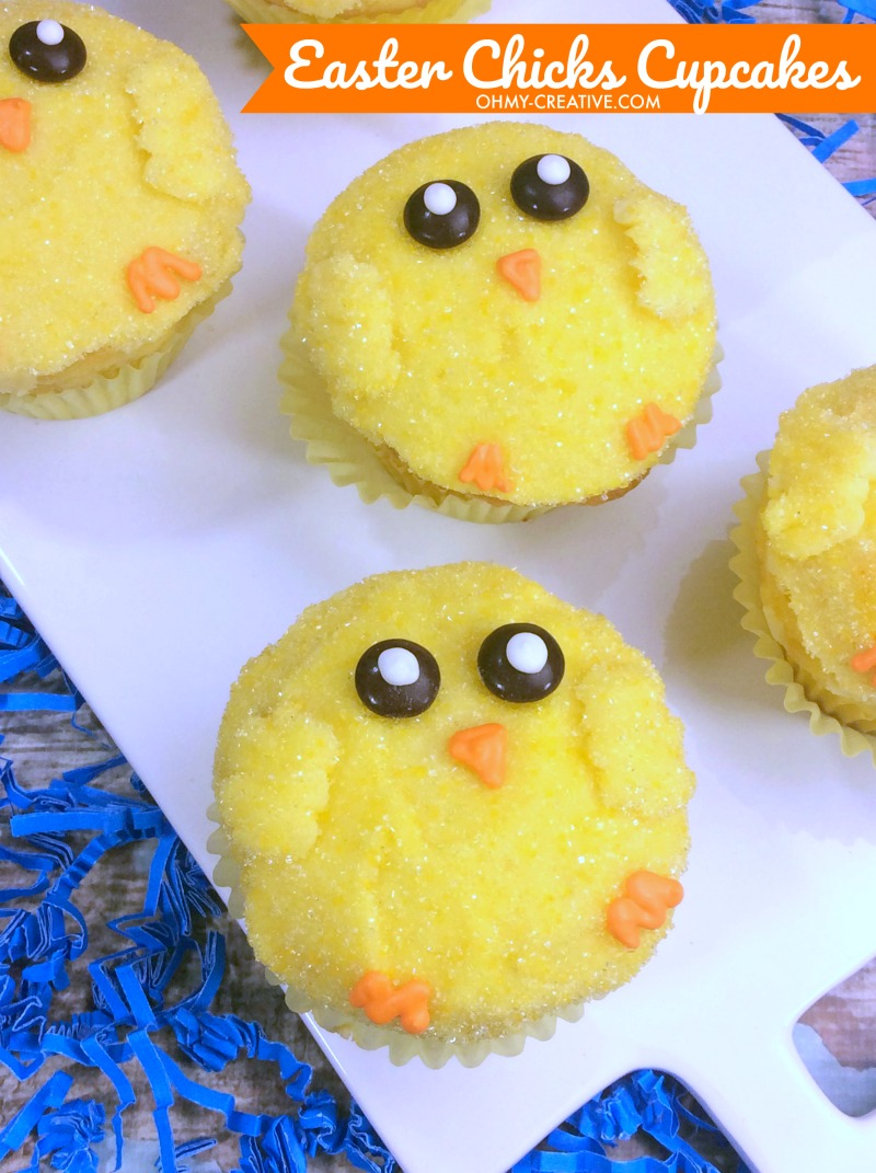 Easter Chicks Cupcakes | OHMY-CREATIVE.COM | Chick Easter cupcakes | Chick Cupcakes | Easter Desserts | Easter Treats #easter #easterdesserts #eastertreats #chickcupcakes #cupcakes