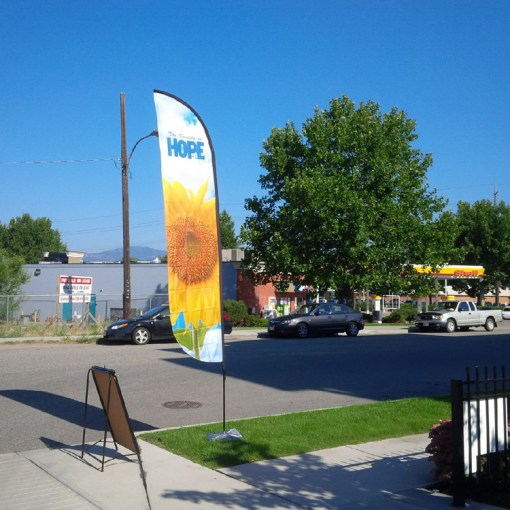Feather Flag Concave Style for Kelowna Business