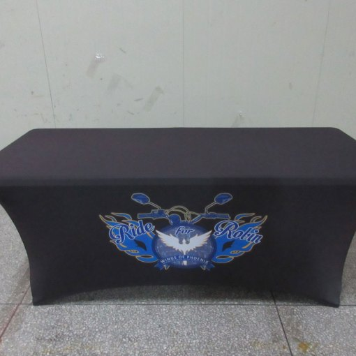 Stretch-fitted-printed-tablecover-for-Ontario,-Canada