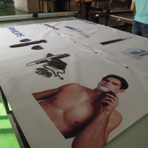 Vinyl-Banners-for-Philips-Canada