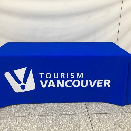 print-logo-on-tablelcoth