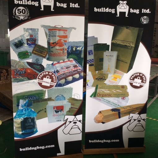 Bamboo-Wooden-Pop-up-retractable-Banner-stands-with-canvas-banner