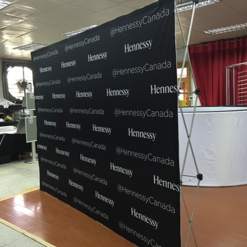 Pop-up-Display-Hennessy