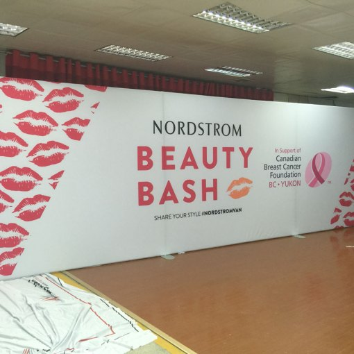 25-foot-Tension-Fabric-Tube-Display