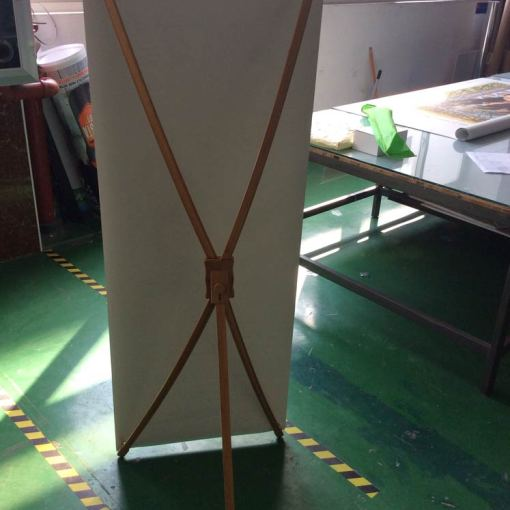Bamboo-X-Frame-with-Vinyl-Banner-Back