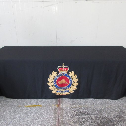 Custom-printed-tablecloth-with-logo-insignia