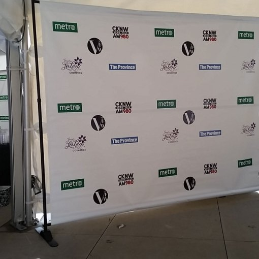 Jumbo-Backdrop-Stand-with-Media-Step-and-Repeat