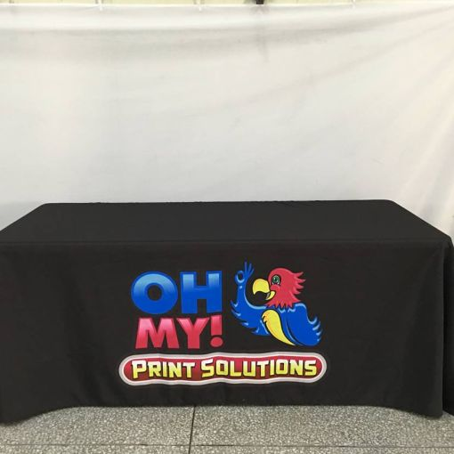 Printed-tablecloths-canada