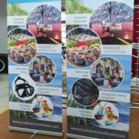 Retractable Banner stands shipped to Toronto