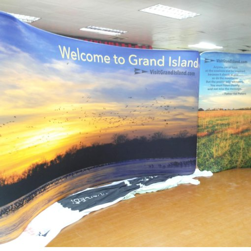 Curved Tradeshow Displays