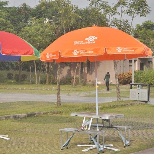 Picnic-Table-Umbrella