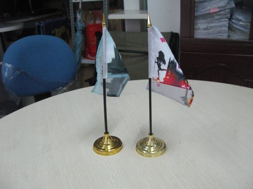 Plastic Desk Flag with Gold Tip