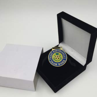 Velvet-Box-for-Coins-Badges-and-Pins