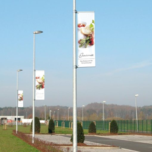 Street-Pole-Flags