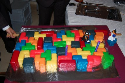 Blokz Birthday Candles With Bonus Tetris Cake  Wwwohmznet - Tetris birthday cake