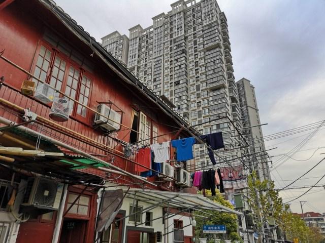 Shanghai ein Blick auf die Zukunft: Ein letzter Rest Altstadt von Shanghai
