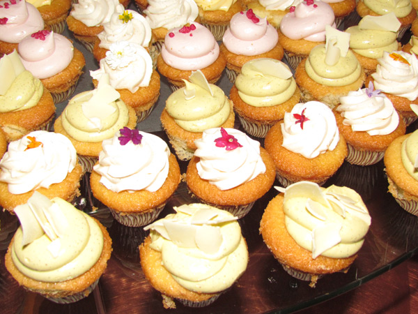 These cupcakes were simply delish!