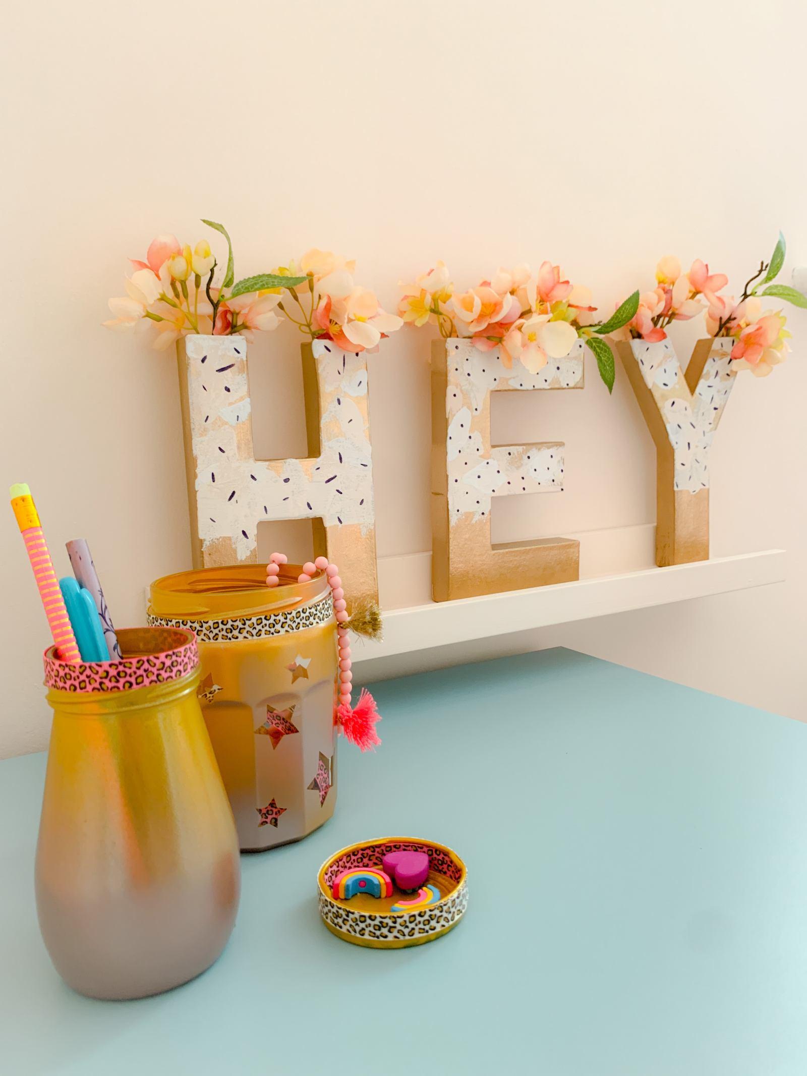 DIY HEY Typography Vase