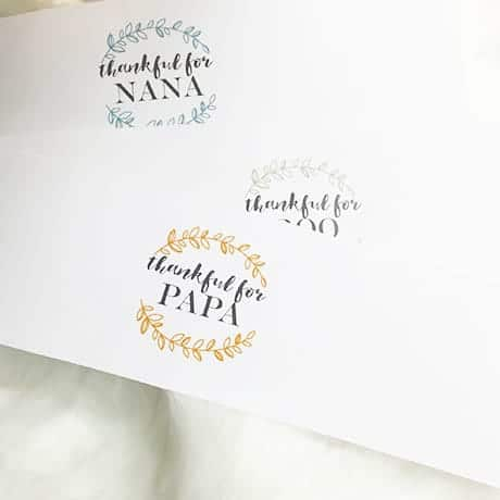 FREEBIE  // PERSONALIZED NAPKIN WRAP + PLACE CARD