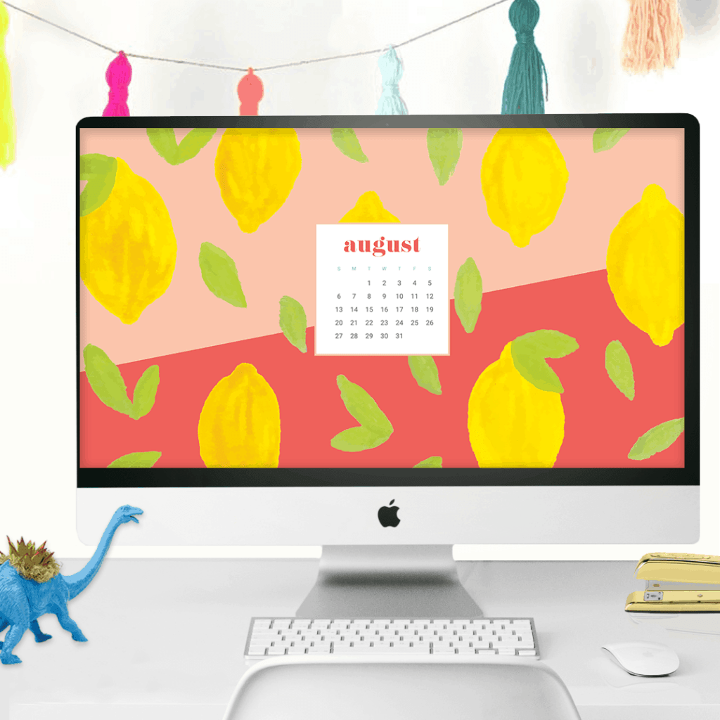 FREE August Calendar Wallpapers