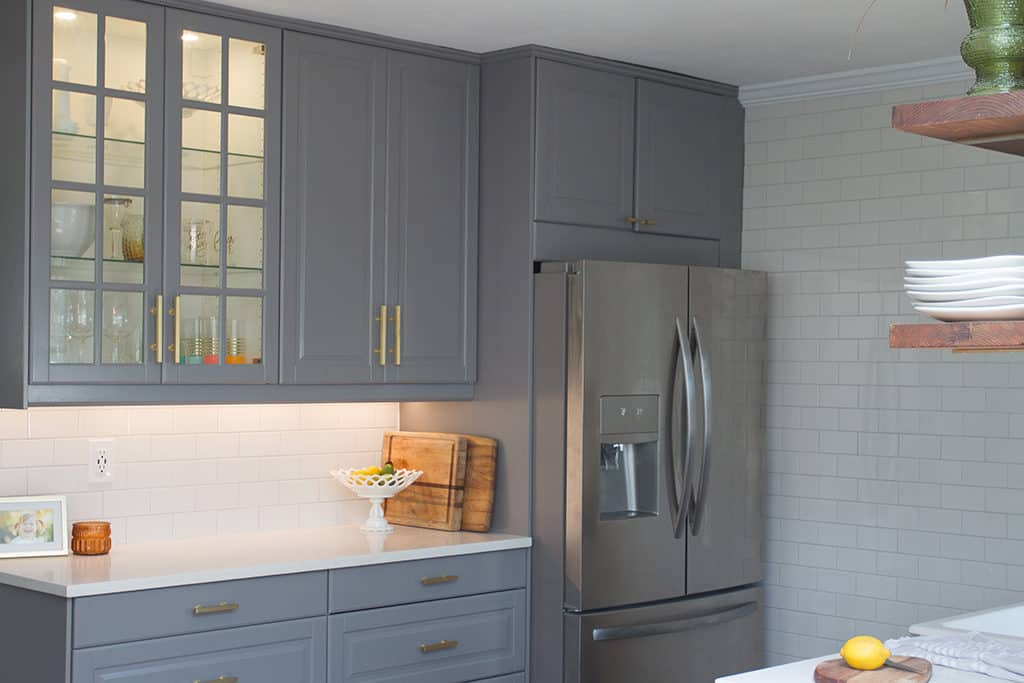 Audrey of Oh So Lovely blog shares the 2+ year journey of a DIY kitchen remodel on a budget. Check out the before, during and after photos!
